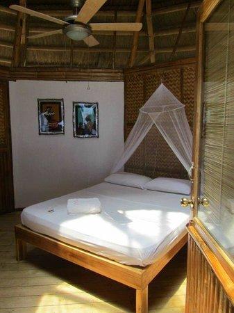 Cashew Grove Beach Resort : Chambre n°1