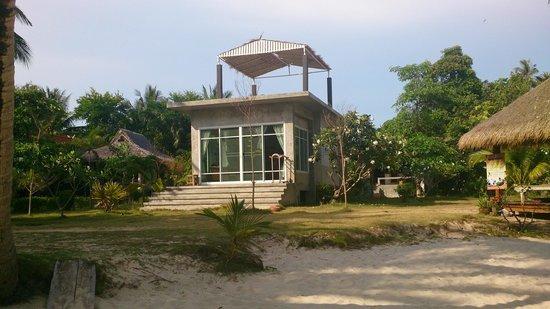 Ao Kao White Sand Beach Resort : Улучшенное бунгало