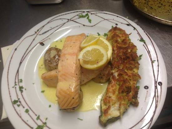 Casa Franco: Fresh salmon.