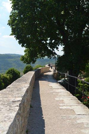 Ancient City Walls: lopen over de oude stadsmuren / vesting