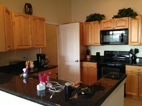 Cane Island Resort : Kitchen