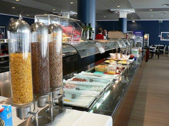 Hotel Anabel: Buffet petit déjeuner