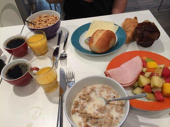 Ibis Styles Berlin Mitte : BreakfastR