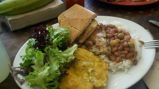 Sol Food Puerto Rican Cuisine : lunch