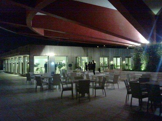 Grand Hotel Salerno: terrazzo hotel