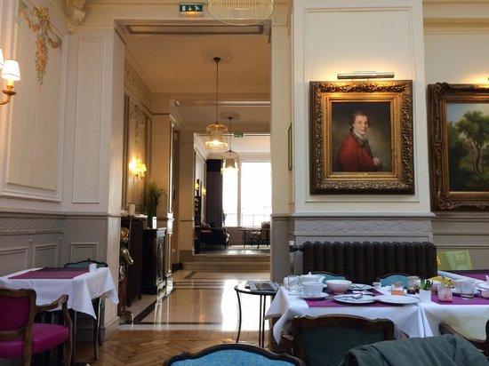 Hôtel Bradford Elysées - Astotel: Salle pour petit dejeuner