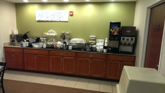 Sleep Inn South Bend: Breakfast Buffet