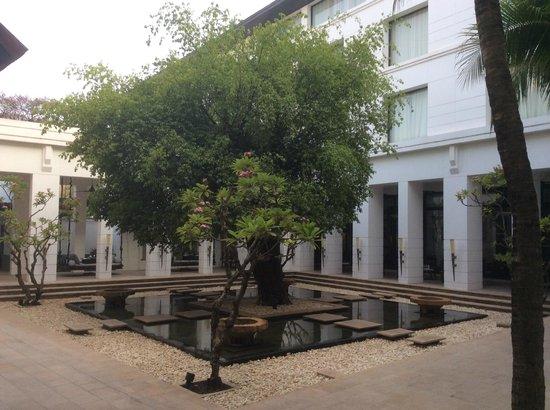 Park Hyatt Siem Reap: Courtyard