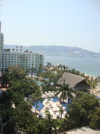 Emporio Acapulco Hotel: Vista desde la habitación