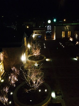 The H Hotel Midland : Our nighttime view of the courtyard