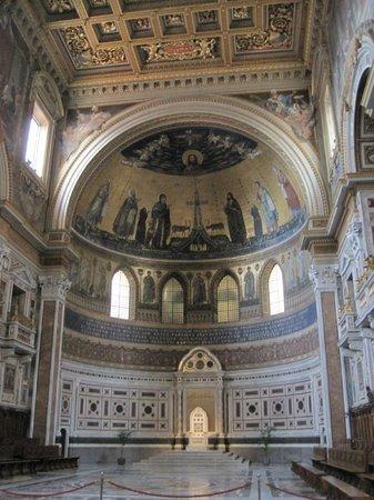 Arcibasilica di San Giovanni in Laterano: Basilica di San Giovanni in Laterano, Rom - April 2014 - 6