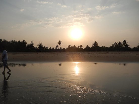 Park Hyatt Goa Resort and Spa: sunrise