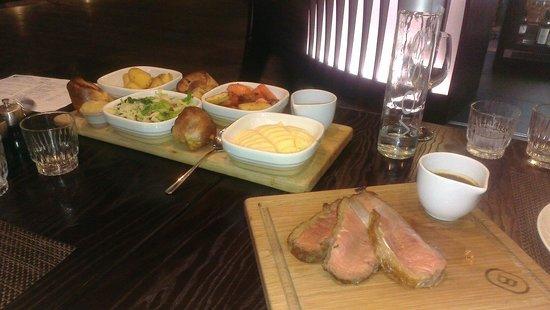 Bonbar: Sunday lunch :-) Amazing!!