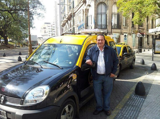 ‪Anibal Taxis - Tours‬
