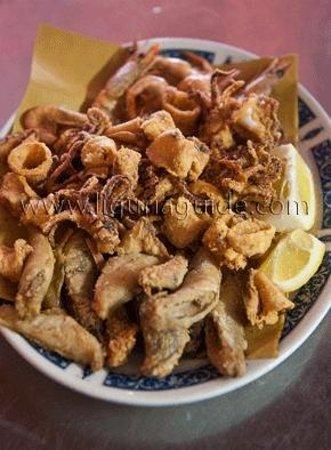 La Griglia: Il fritto di paranza, calamari e gamberi