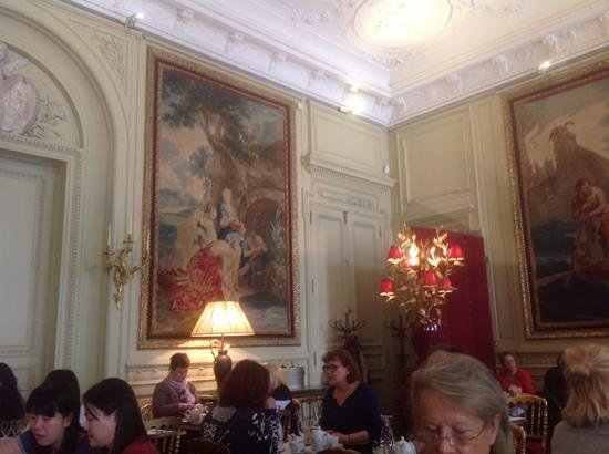 Le Cafe Jacquemart-Andre: Sunday Brunch for the King and Queen