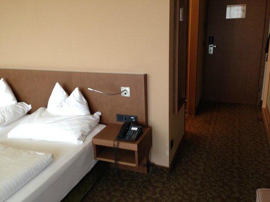 Falkensteiner Hotel & Spa Bad Leonfelden: Zimmer und Vorraum