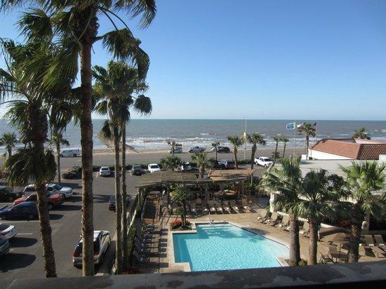 Holiday Inn Resort Galveston-On The Beach : View from balcony