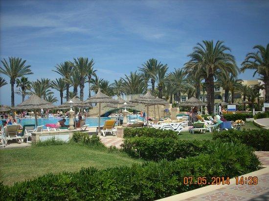 Houda Golf and Beach Club: widok z tarasu przed stołówką
