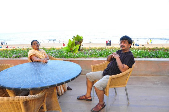 Novotel Mumbai Juhu Beach : sitting near pool with my 75 year old sister