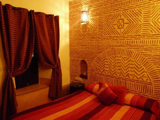 Riad Les 5 Soeurs: La chambre rouge