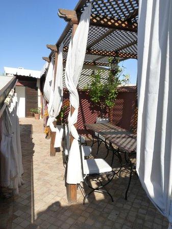 Riad Les 5 Soeurs: Un coin de terrasse