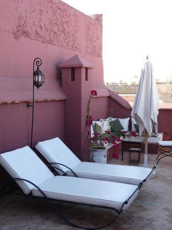 Riad Les 5 Soeurs: Un autre coin de terrasse