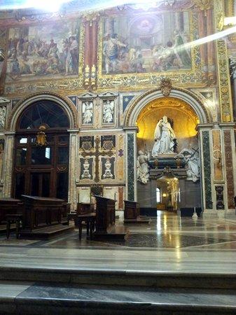 Arcibasilica di San Giovanni in Laterano: Inside - San Giovanni in Laterano