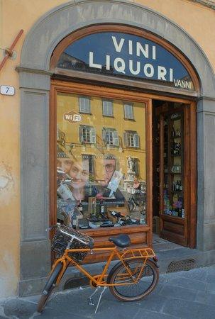 Vinni liquori vanni