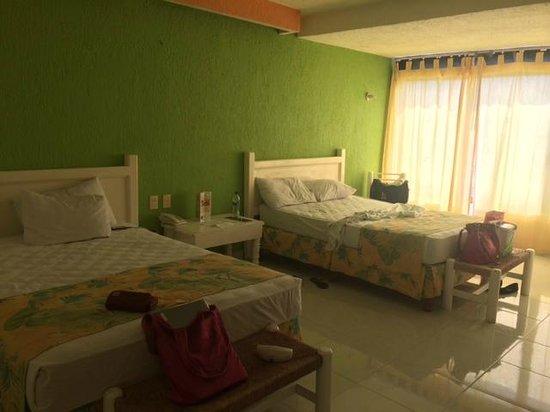 Solymar Cancun Beach Resort : Habitaciones horribles