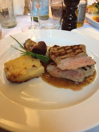 La Rocca : A super dinner Winther the family