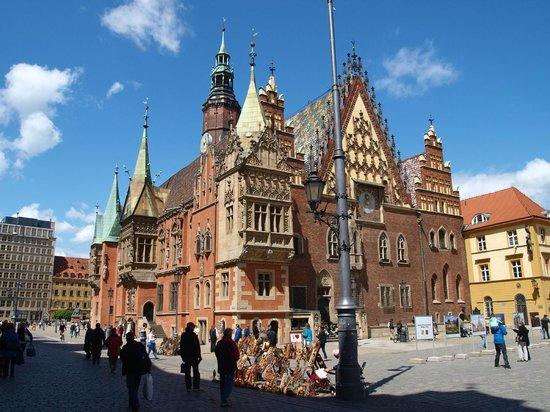 Place du marché (Rynek) : Town hall