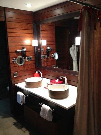 Sheraton Gran Canaria Salobre Golf Resort: Salle de bains