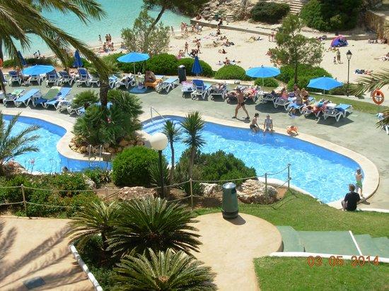 Inturotel Esmeralda Park: les piscines et la crique