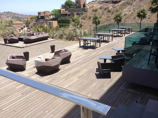 Sheraton Gran Canaria Salobre Golf Resort: Terrasse Restaurant El Camaléon