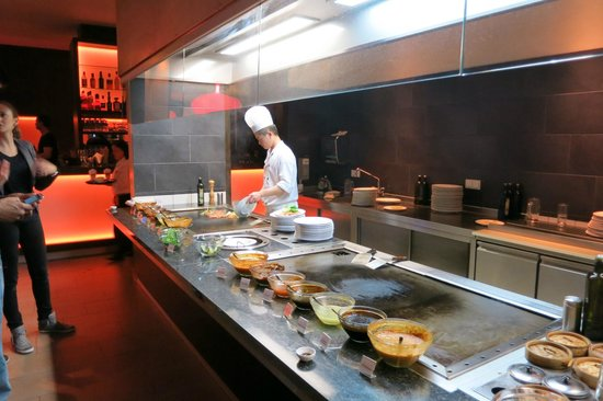 Asia All You Can Eat Mit Schickem Ambiente Picture Of