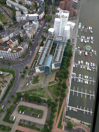 Rhine Tower (Rheinturm) : view