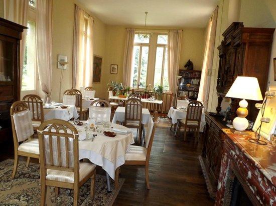 Chateau de Camperos : Espace repas/petit dejeuner