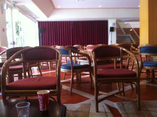 Albufeira Sol Suite Hotel & Spa: entertainment area