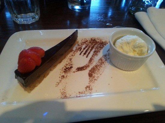 Harry's Lounge Bar & Brasserie : Dark Chocolate Cheesecake