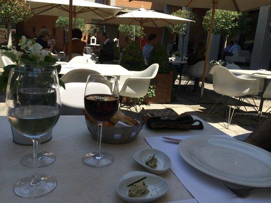 B. Restaurant: terasse