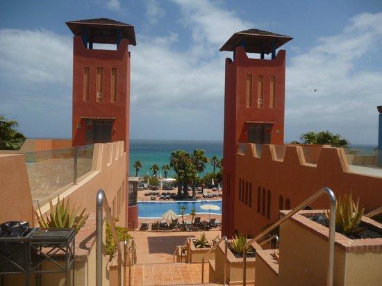H10 Tindaya Hotel : hotel grounds