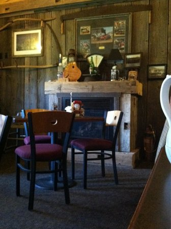 Soldiers Grove, WI: Cozy Dining Area