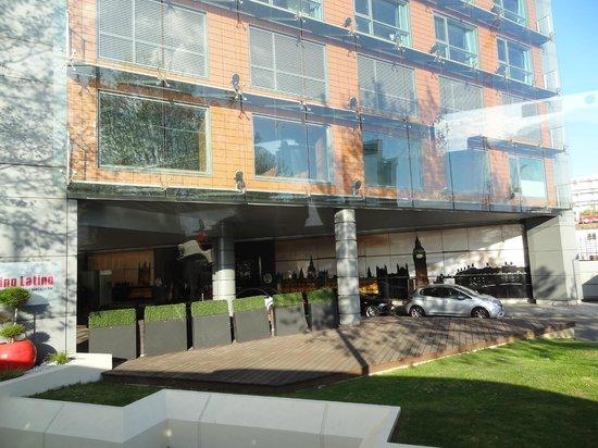 Park Plaza London Riverbank: façade de l'hôtel