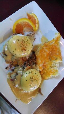 "Tommy Mattonie's Coastal Cafe: Fat Boy ""Bennie"""