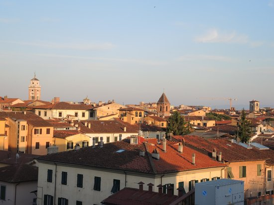 Grand Hotel Duomo : Another view from the roof terrace