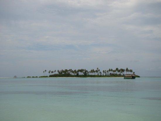 Olhuveli Beach & Spa Resort: Sunrise beach