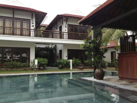 Hoi An Riverside Bamboo Resort: Swimmingpool