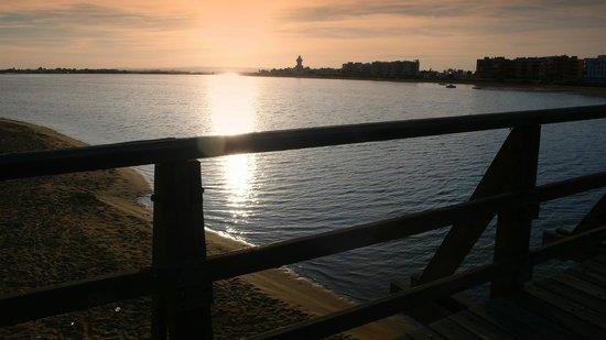 Occidental Isla Cristina: puesta de sol en la marisma