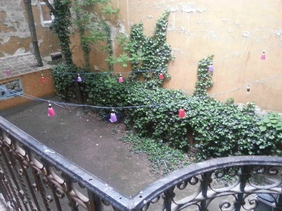 Your Mom's Hostel : view from the balcony